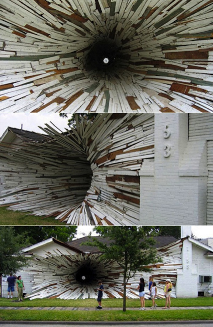 beautiful installation by artists Dan Havel and Dean Ruck a few months before this house was to be demolished.